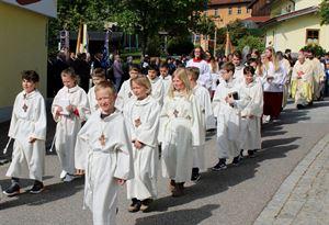 Kirchenjubiläum_Bild 2_Erstkommunionkinder