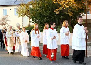 Bild_2_Kirchenzug liturgischer Dienst